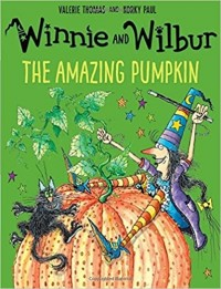 WINNIE AND WILBUR THE AMAZING PUMPKING